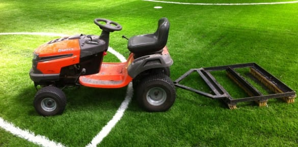 drag brush machinery for artificial turf